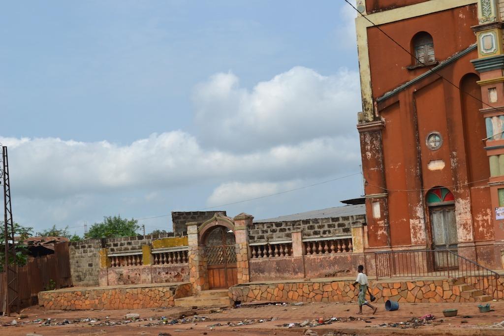 benin-la-grande-mosquee-de-porto-novo-patrimoine-darchitecture-afro-bresilienne-13