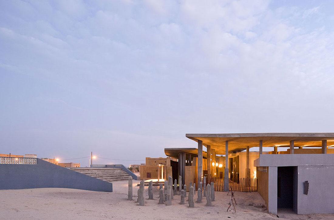 mali-tombouctou-institut-ahmed-baba-par-dhk-architectes-7