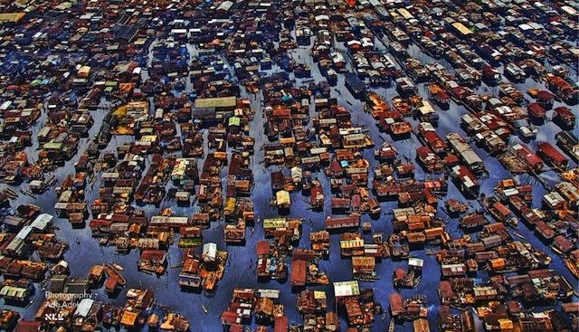 nigeria-lagos-ecole-flottante-de-makoko-par-kunle-adeyemi-nominee-design-de-lannee-2014-12