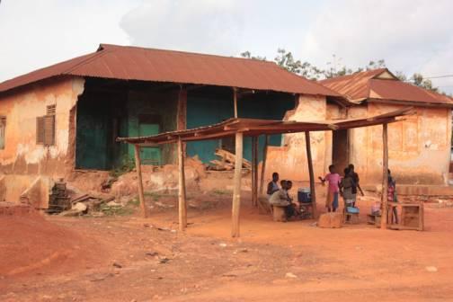 Concours de conception-dune-maison-en terre-reinventer-ensemble-la-maison-en-terre-africaine-2