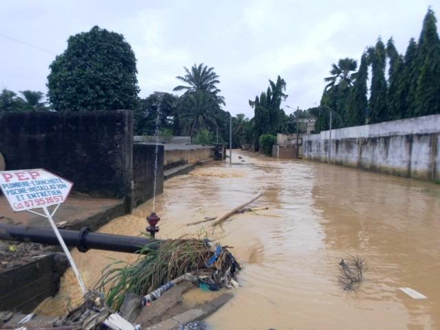 Cotedivoire-abidjan-les-quartiers-huppes-nechappent-pas-a-la-furie-des-inondations-2