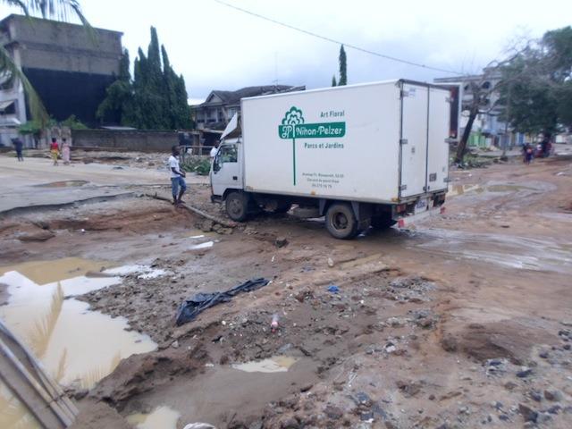 Cotedivoire-abidjan-les-quartiers-huppes-nechappent-pas-a-la-furie-des-inondations-4