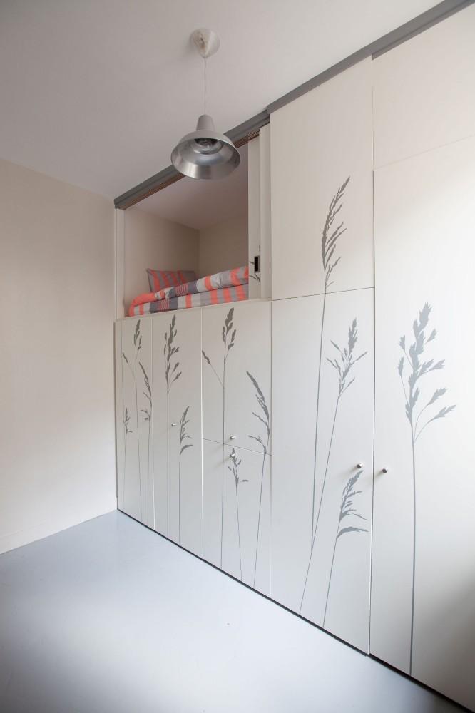 renovation-chambre-de-bonne-de-8m2-agreable-et-moderne-en-plein-paris-par-studio-kitoko-2