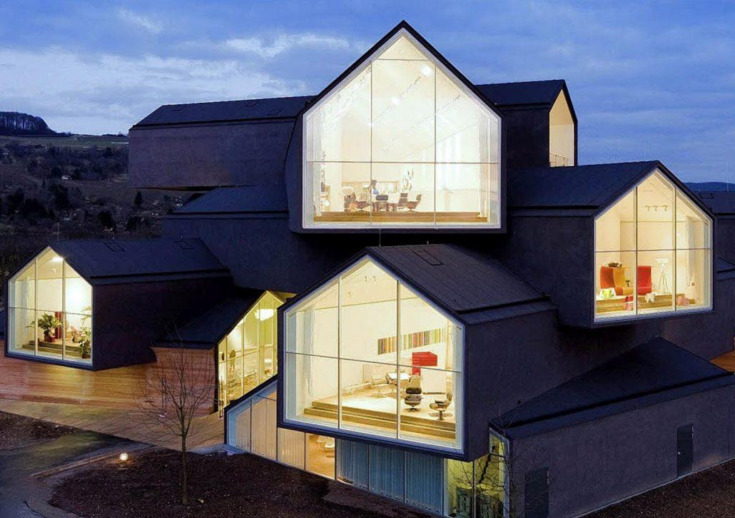 video-vitrahaus-un-espace-dexposition-en-maisons-empilees-par-herzog-et-de-meuron-2