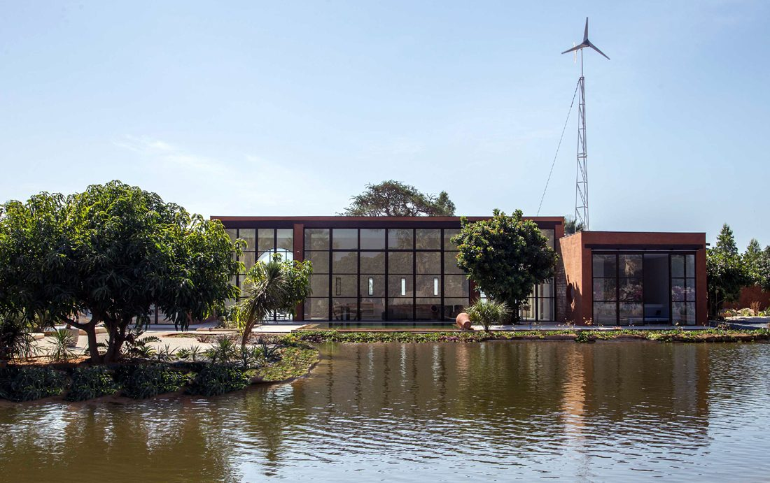 Khamsa-house-residence-privee-en-terre-au-senegal-atelier-koe13